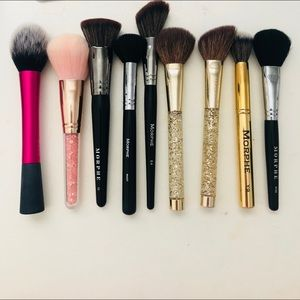 A mix of makeup brushes
